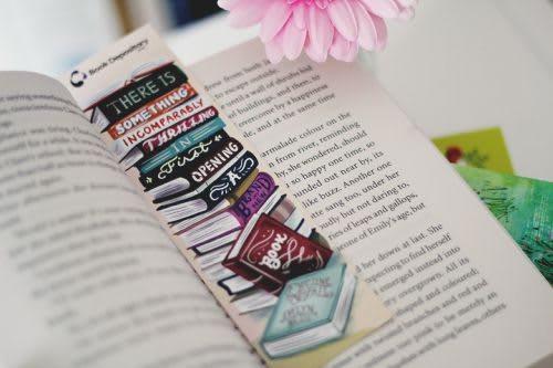 Pembatas buku dapat dijadikan cinderamata