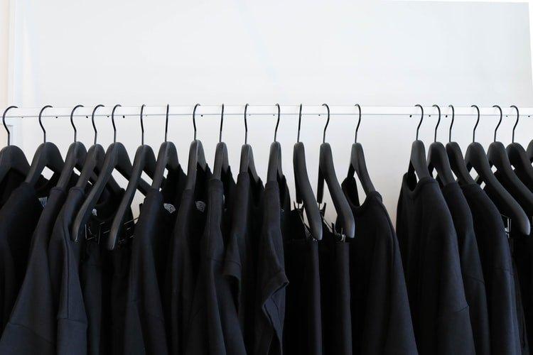 Ingin Membuat Tshirt Custom? Kenali 5 Jenis Bahan Kaos Biar Tak Salah Pilih
