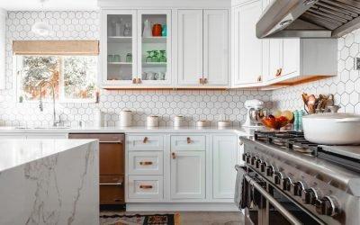 6 Motif Wallpaper Dinding Dapur untuk Dekor Ramah Budget